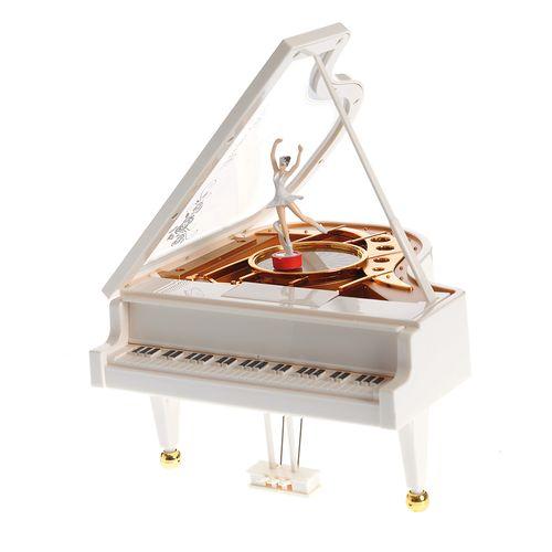 Pian, decoratiune muzicala cu balerina