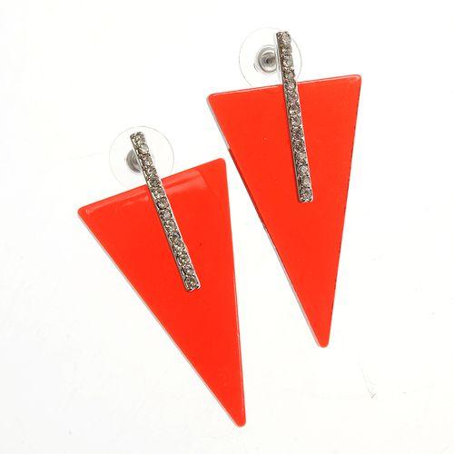 Cercei atractivi cu triunghiuri rosii poza 2021