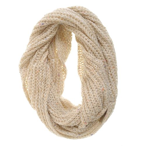 Fular dama bej tricotat lejer poza 2021